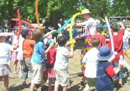 Children's Entertainer Surrey