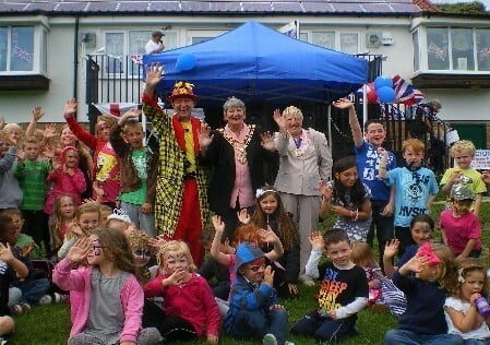 Magic OZ Magician and Entertainer at County Shows, Fetes, Fairs, Surrey