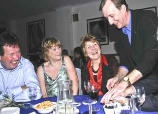 MAGICIAN HIRE SUSSEX MAGIC OZ